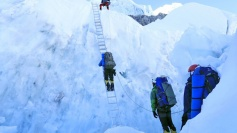 70 more climbers scale Mt Everest