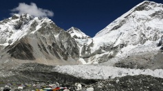 Should there be limits on who can climb Everest?
